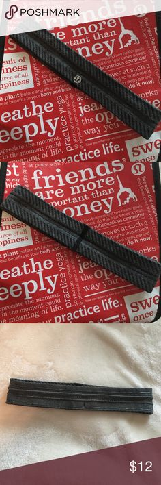 Lululemon Headband Great condition, worn once lululemon athletica Accessories Hair Accessories