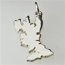 Isle of Skye Pendant Silver designed by John M Hart Hebridean Jewellery memories of the Isle of Skye. Hall marked at the Edinburgh Assay Office.