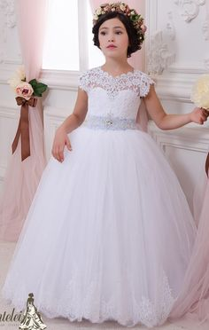 2016 Backless Lace Crystals Ball Gown Flower Girl Dresses Vintage Child Pageant Dresses Beautiful Flower Girl Wedding Dresses Online with $83.67/Piece on Brucesuit's Store | DHgate.com