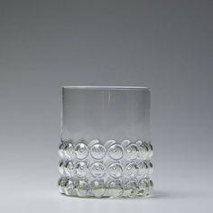 Nanny Still Finland glass Vintage Dishes, Vintage Glassware, Glass Room, Art Of Glass, Vintage Pottery, Fine Furniture, Glass Design, Decorative Objects, Cool Designs