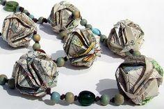 Newspaper necklace, DIY. #craft #jewelry #amazing