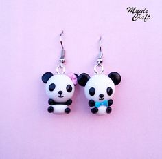 Panda Bear Earrings - Handmade in Polymer Clay Polymer Clay Projects, Polymer Clay Crafts, Polymer Clay Earrings, Diy Earrings, Earrings Handmade, Crea Fimo, Kids Clay, 3d Quilling, Clay Animals