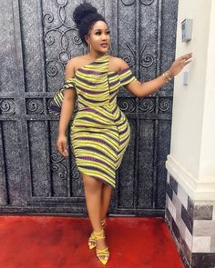 The best collection of 2018 most stylish ankara designs you've been looking for. We have them complete stylish ankara designs 2018 here Short African Dresses, Ankara Short Gown Styles, Trendy Ankara Styles, Latest African Fashion Dresses, Short Gowns, African Inspired Fashion, African Print Dresses, African Print Fashion, Ankara Gowns
