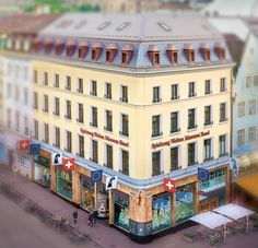 Spielzeug Welten Museum Basel: Startseite worlds largest collection of teddy bears in Basel