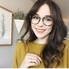 "8d5e92f25b8a0 ColourPop Cosmetics on Instagram  ""Cutie  acaciabrinley in Candy Floss  blotted lip"". Gato Com Oculos ..."