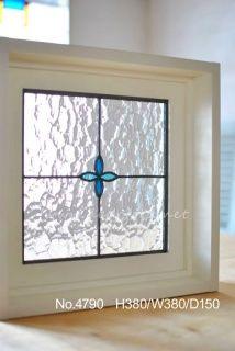 オーダーステンドグラスや埋め込み室内窓を製作中! Stained Glass Designs, Stained Glass Panels, Windows, Frame, Home Decor, Stained Glass Windows, Picture Frame, Decoration Home, Room Decor