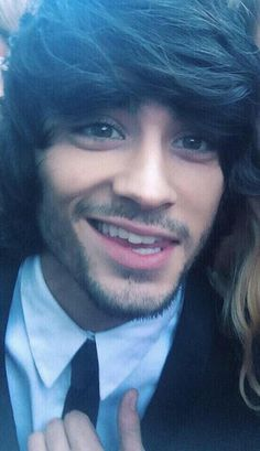 Another picture of Zayn`s perfect hair.