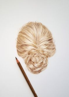 Drawing realistic hair with Faber Castell polychromos pencils - watch the tutorial on my youtube channel /Emmykalia1