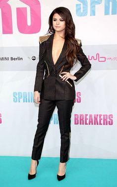 Selena gomez love her suit