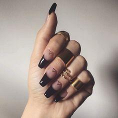 62 Best 💅 Black Coffin Nails Design You May Crazy for It (Glitter Nails, Matte Nails) - Page 23 ღ♥𝙄𝙛 𝙔𝙤𝙪 𝙇𝙞𝙠𝙚, 𝙅𝙪𝙨𝙩 𝙁𝙤𝙡𝙡𝙤𝙬 𝙐𝙨 ♥ ♥ ♥ ♥ ♥ ♥ ♥ ♥ ♥ ♥♥ Hope you like this collection! ღ♥ sᴇxʏ ʙʟᴀᴄᴋ ɴᴀɪʟs ᴅᴇsɪɢɴ ♥ღ օշշՏ-Տ Sexy Nails, Nails On Fleek, Cute Nails, Pretty Nails, Black Coffin Nails, French Tip Nails, Perfect Nails, Glitter Nails, Glitter Makeup