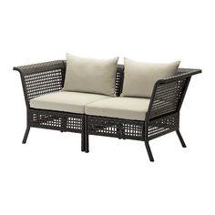 IKEA - KUNGSHOLMEN / HÅLLÖ, 2-zitsbank, buiten, , Door verschillende zitelementen te combineren, kan je een loungeset in een vorm en afmeting samenstellen die bij je terras, balkon of tuin past.Duurzaam, weerbestendig en onderhoudsvrij omdat de meubels zijn gemaakt van kunststof rotan en roestvrij aluminium.Het kussen gaat langer mee doordat het keerbaar is en dus aan beide kanten te gebruiken.De overtrek is makkelijk schoon en netjes te houden omdat deze afneembaar is voor de machinewas.Je…