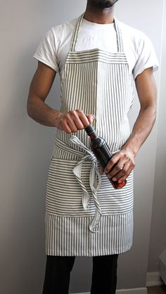 Items similar to Mens grilling apron, black stripe on Etsy Work Aprons, Cute Aprons, Aprons For Men, Grill Apron, Chef Apron, Men's Apron, Sewing Aprons, Sewing Clothes, Diy Clothes