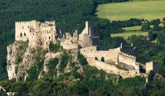 Slovakia Castles in Photos: Beckov Castle Slovakia