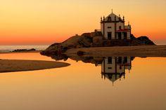 """Chapel """"senhor da pedra""""  Gaia, Portugal."""