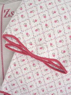 Quilted Rose Trellis Bedspread