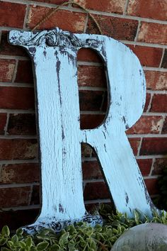letter R, distressed, soft baby blue