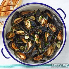 Beer and Mustard Mussels