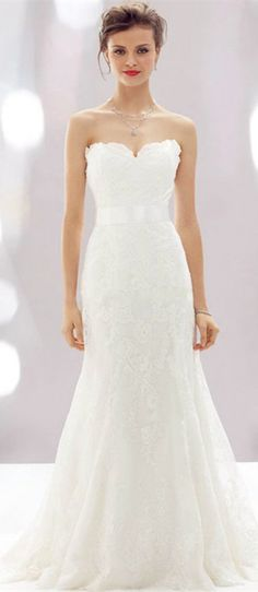 simple but classic wedding dress