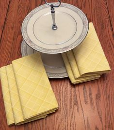 Cloth Dinner Napkins Yellow and White Eco Friendly Cloth Dinner Napkins, Classic House, Hostess Gifts, House Warming, Eco Friendly, Dining, Yellow, Tableware, Clothes