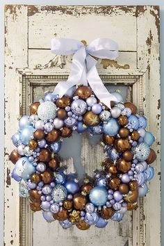 Christmas Ball Ornaments to Make | ... view a larger picture of the finished Christmas ball ornament wreath