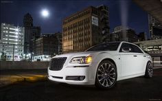 Chrysler has announced a new special edition, the 300 Motown Edition in advance of its world premiere at the 2013 North American International Auto Show next month...