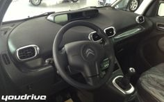 Interni Citroen C3 Picasso www.youdrivecars.it