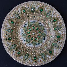 Fotografie na stene Julja – Dot Art Painting, Mandala Painting, Mandala Art, Thali Decoration Ideas, Magic Design, Mandala Rocks, Guitar Art, Celtic Art, Diy Wall Art