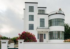 Melville Aubin-designed Sunpark 1930s art deco property in Brigham, Devon. My absolute dream house- I want to move in now