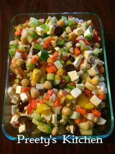 Salads and diets have always had a delicious partnership. But salads are healthful and satisfying even if you're not watching your wai. Healthy Salad Recipes, Diet Recipes, Vegetarian Recipes, Cooking Recipes, Easy Recipes, Chaat Masala, Main Dish Salads, Special Recipes, Raw Vegan