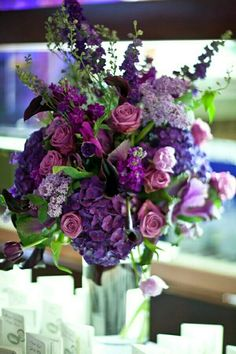 Love this centerpiece...... The colors are amazing.