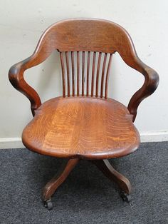 antique tiger oak swivel office arm chair antique deco wooden chair swivel