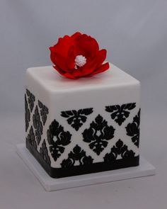 damask red cake - Google-Suche
