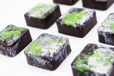 Our #holidaycollection Arroz con Dulce Chocolates inspired by the traditional puertorican dessert. (No it doesn't have rice inside!) #indulgeholidays #navidades #arrozcondulce #tasteslikechristmas #indulgechocolat T. 787.412.8910 E. enjoy@indulgechocolat.com