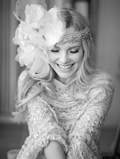 Vintage Boho Style Bridal Wedding Hairsyle with Flapper Floral Headband