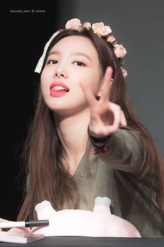 Find images and videos about kpop, twice and nayeon on We Heart It - the app to get lost in what you love. Kpop Girl Groups, Korean Girl Groups, Kpop Girls, Snsd Yuri, Twice Album, Nayeon Twice, Twice Kpop, Im Nayeon, Hirai Momo