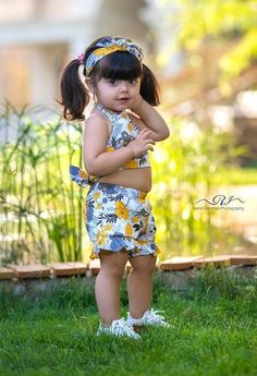 Beautiful Baby Pictures, Cute Kids Pics, Cute Baby Girl Pictures, Beautiful Babies, Cute Baby Smile, Cute Baby Boy, Baby Girls, Small Cute Babies, Cute Little Girls