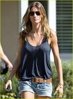 "This ""it"" Factor: How to: Get Gisele Bundchen Beachy Hair"