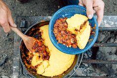 Camping Desserts, Camping Meals, Camping Recipes, Backpacking Recipes, Camping Hacks, Camping Cooking, Best Dutch Oven, Dutch Oven Recipes, Vegetarian Chili