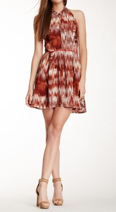 This dress is gorgeous. Perfect for summer!