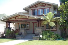 craftsmen bungalow - love the windows and that huge porch!