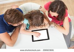 Using Tablet Fotos, imágenes y retratos en stock | Shutterstock