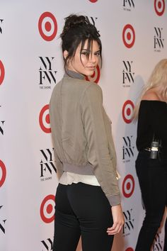 Kendall Jenner Photos Photos - Model Kendall Jenner attends Target + IMG's NYFW kickoff at The Park at Moynihan Station on September 6, 2017 in New York City. - Target + IMG's NYFW Kickoff