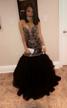 Sparkly Crystal Beading Mermaid Prom Dresses 2017 Sweetheart Tulle Black  and Gold Evening Party Gowns Black Girl Prom Dress fc1f9e98569c