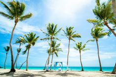 This amazing #beach_wedding you can do only in #destination_wedding_in_punta_cana Photo by Nik Vacuum. Organization by http://wedding-caribbean.com