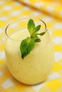 Don't get scared away.....these squash smoothies are super delicious!!!!!!!!!!!!!! and healthy!!!!!!!!!!!!!
