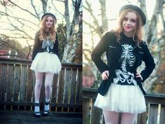 Spooks have more fun!  (by Sofia Holmberg) http://lookbook.nu/look/4170330-Spooks-have-more-fun