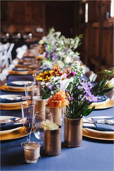 Blue and gold table decor.