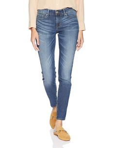 d27d59174c336 Signature by Levi Strauss & Co. Gold Label Women's Modern Skinny Jeans  at Amazon