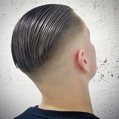 awesome 45 Powerful Comb Over Fade Hairstyles – Comb On Over! awesome 45 Powerful Comb Over Fade Hairstyles – Comb On Over! Short Comb Over, Comb Over Fade, Slick Back Haircut, Fade Haircut, Natural Wavy Hair, Long Wavy Hair, Cool Haircuts, Haircuts For Men, Hair And Beard Styles