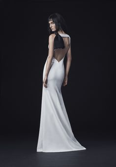 Vera Wang Just Debuted the Most Edgy, but Still Elegant, Wedding Gowns of All Time